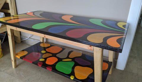 TABLE PEINTE 3